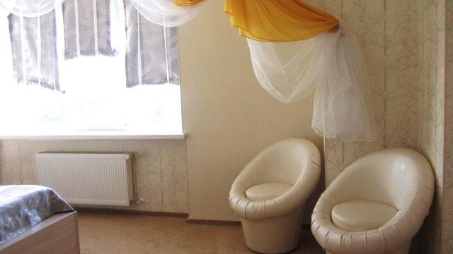 VIP номер 2-х комнатный (ванна)